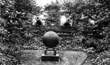 Woodhouse Moor cannon